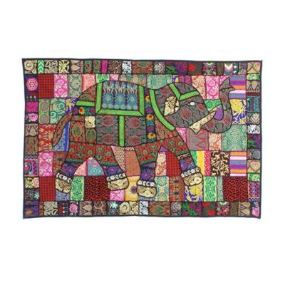 Qulited-Patchwork-Wall-Hanging
